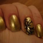 рисунки на ногтях для начинающих золотые ноготки.