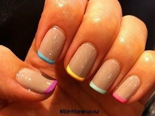 Короткие ногти.
