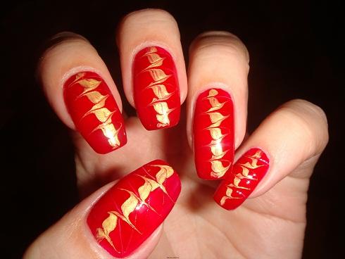 """Рисуем иголкой на ногтях дизайн """"Геометрия треугольника""""."""