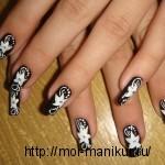 """""""Белые цветы"""" - дизайн ногтей акриловыми красками."""