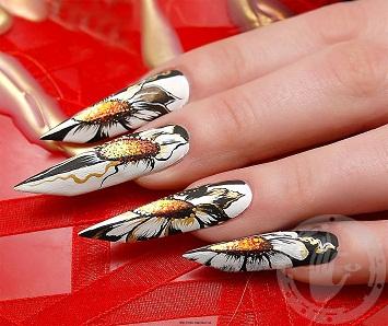 Бриджит - форма наращенных ногтей.