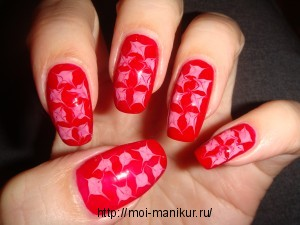 Рисуем иголкой на ногтях звездочки