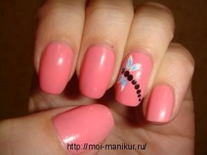 Рисуем стрекозу акриловыми красками на ногтях.