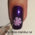 С помощью иголки делаем из капли цветок