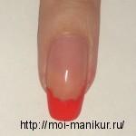 Красной акриловой краской рисуем контуры вишен