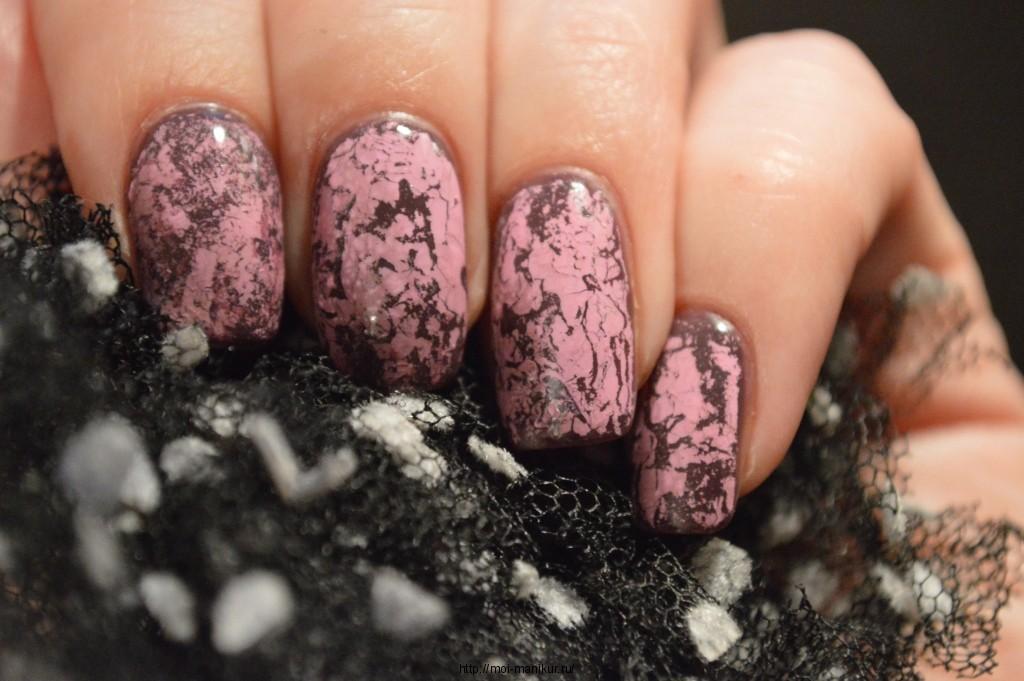 Трещинки на ногтях с помощью фольги