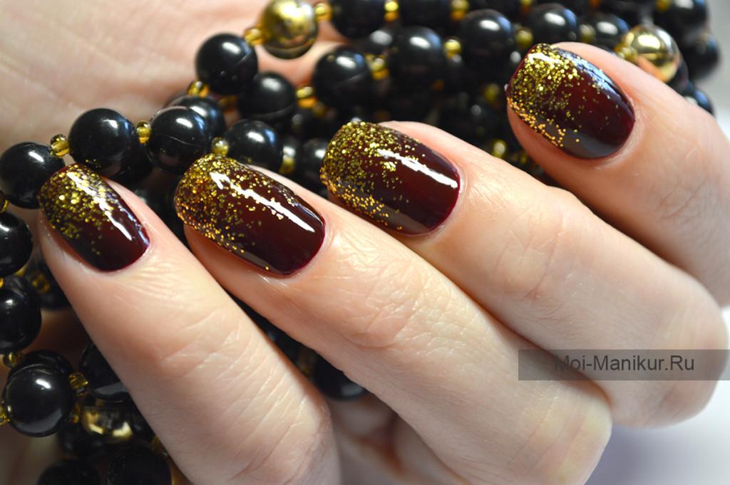 растяжка блестками на ногтях