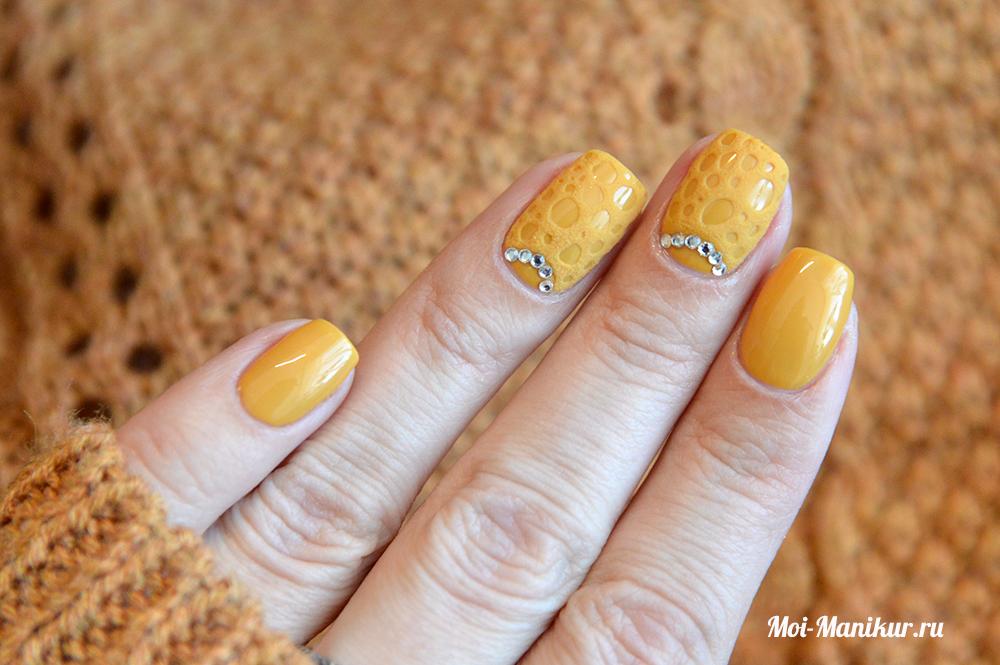 однотонный дизайн ногтей гель-лаком