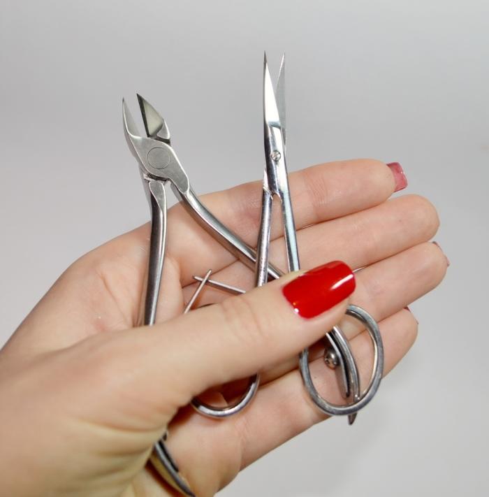 ножнички и кусачки для педикюра