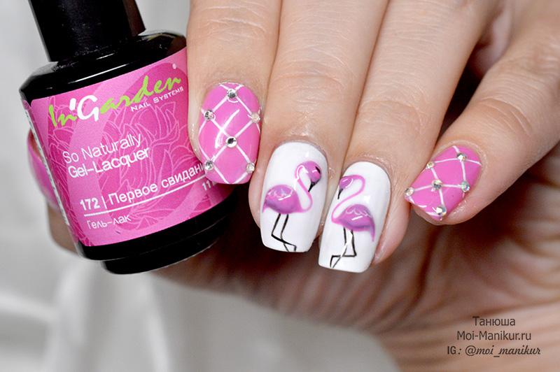 розовые фламинго гель-лаком на ногтях