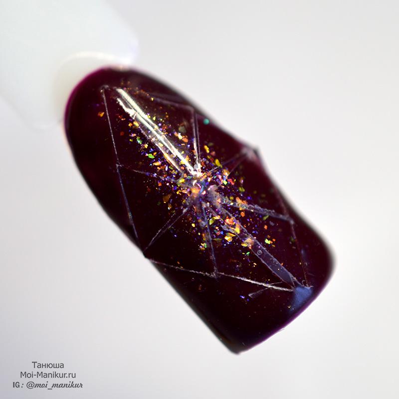 ноготь бриллиант