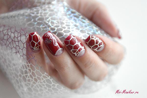 дизайн ногтей с отпечатком фольги