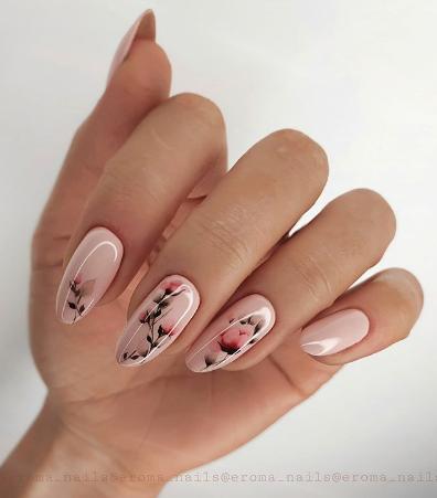 eroma_nails