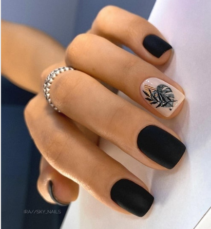 sky_nails