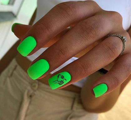 неоновый дизайн ногтей 2020