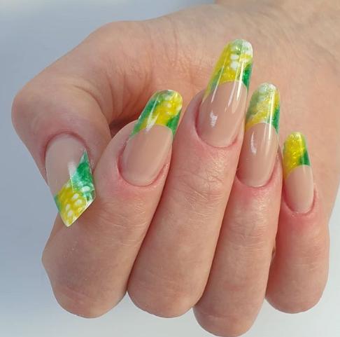 акрилатик наращивание ногтей